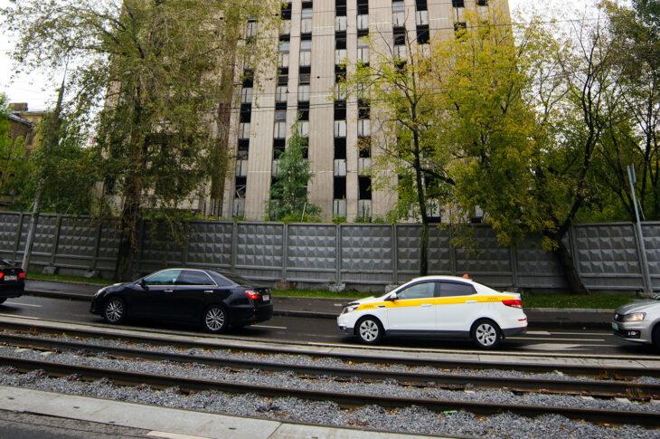 В районе Марьина Роща демонтируют 23-летний долгострой