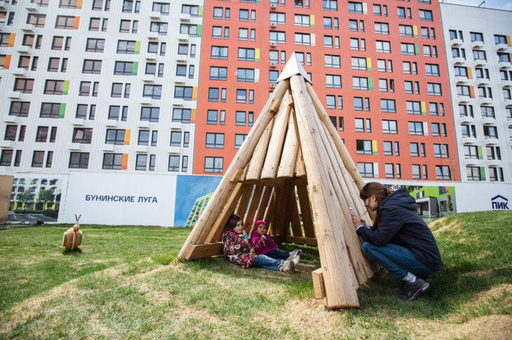 В ЖК «Бунинские луга» начали продавать квартиры от 5,1 млн рублей