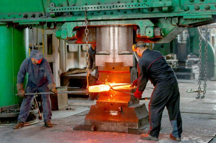 Минпромторг и Минстрой решили ускорить модернизацию производства стройматериалов