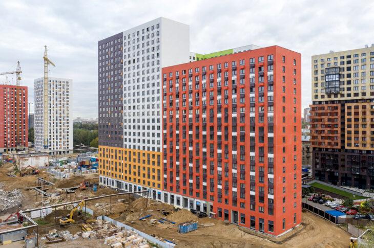 Началось строительство четырех корпусов ЖК «Волжский парк»