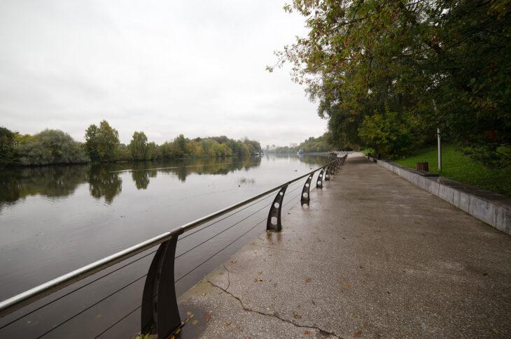 Реку Чурилиху в парке «Кузьминки-Люблино» приведут в порядок