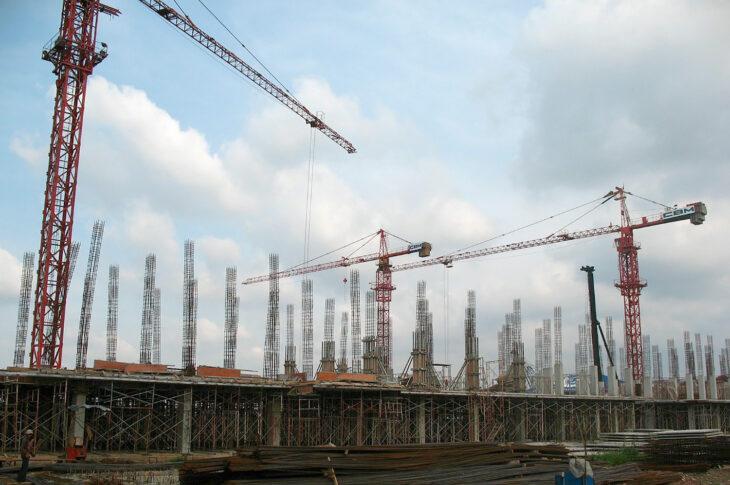 Для строительства трассы в Новгородской области возведут новый завод