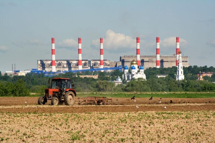 Путин поручил принять меры по вовлечению в оборот земель в ДФО
